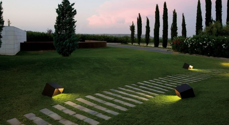 La Mejor Iluminacion Para Jardin Exterior Funcional Ilamparascom - Iluminacion-para-jardin