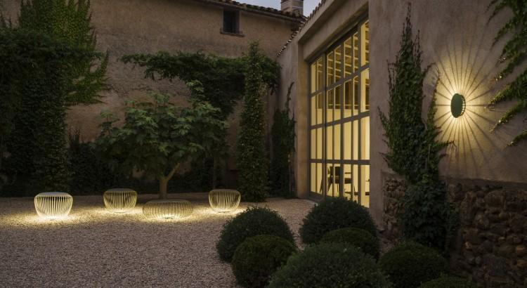 Lamparas para terrazas la luz blanca dar a nuestra for Lamparas porche exterior